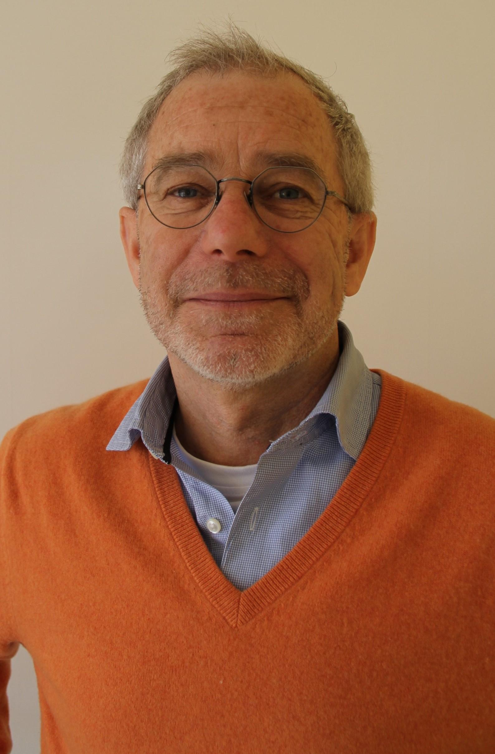 Dr .Wiefels